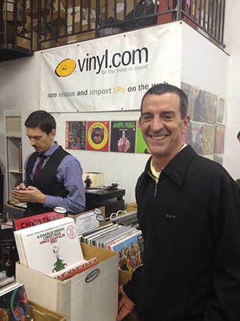 vinyl.com